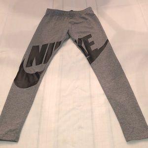 Nike Leggings. Girls Size Medium.